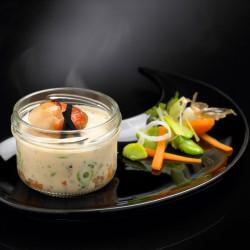 Mini Cassolette de Saint-Jacques, Brunoise de Légumes, Sauce au Jus de Truffe Noire 3% et Truffe Noire 1% - 90 g - CAT